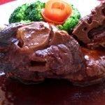 Lamb-Shoulder-With-Brocolli.jpg