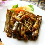 Bamboo-shell-ginger-onion